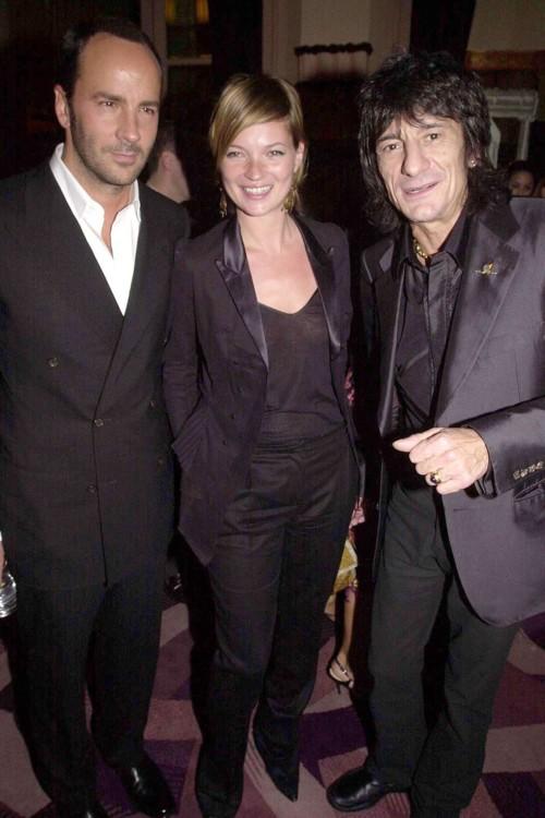 С Кейт Мосс и Ронни Вудом, 2001 год
