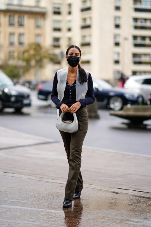 Самая модная сумка осени стритстайл фото осень 2020 фото