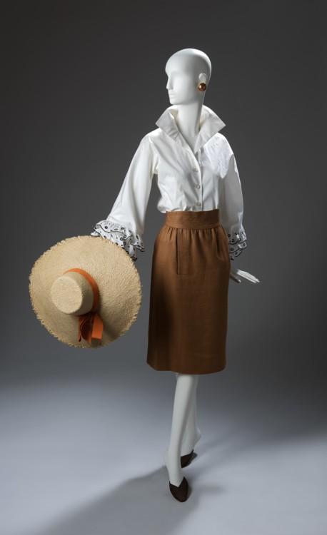 Дневной ансамбль: блуза их хлопка «Bettina» и юбка из льна, лето 1952
