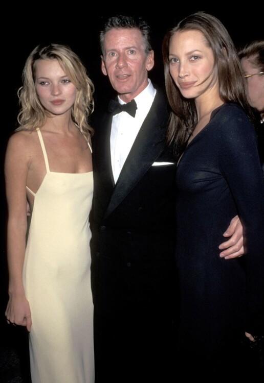 Кейт Мосс в Calvin Klein, Кельвин Кляйн и Кристи Тарлингтон, MET Gala 1995