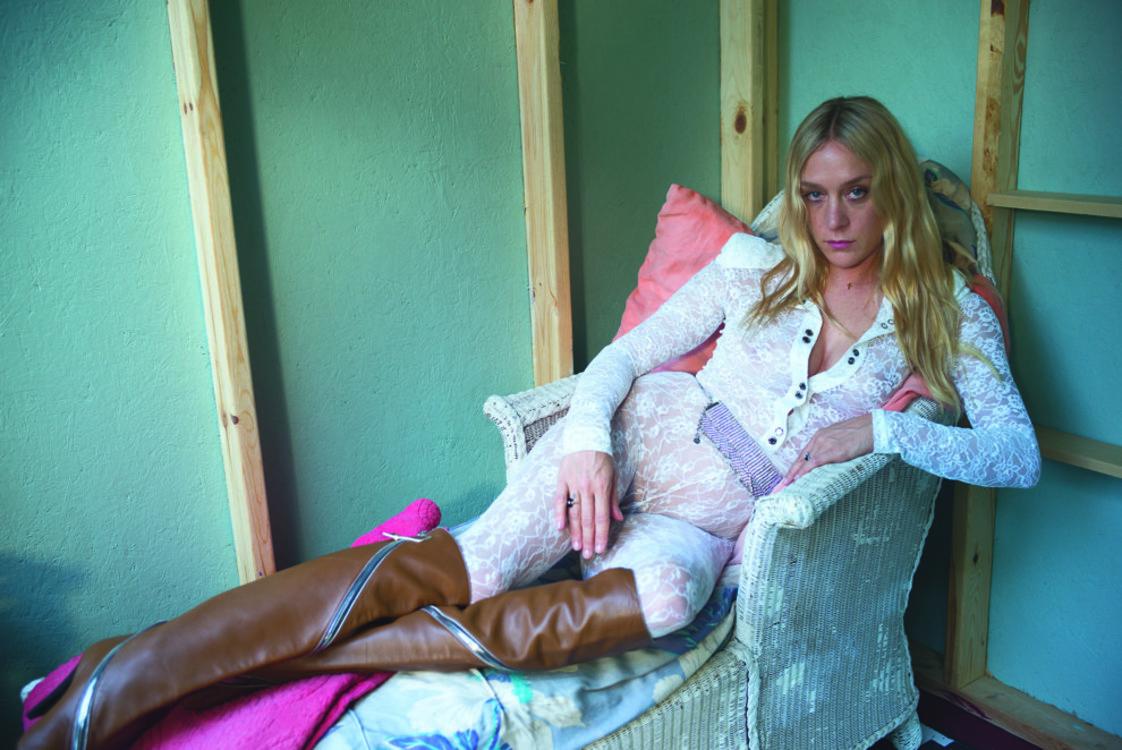 Хлое Севиньи в объективе Нан Голдин, Vogue UA, август 2017