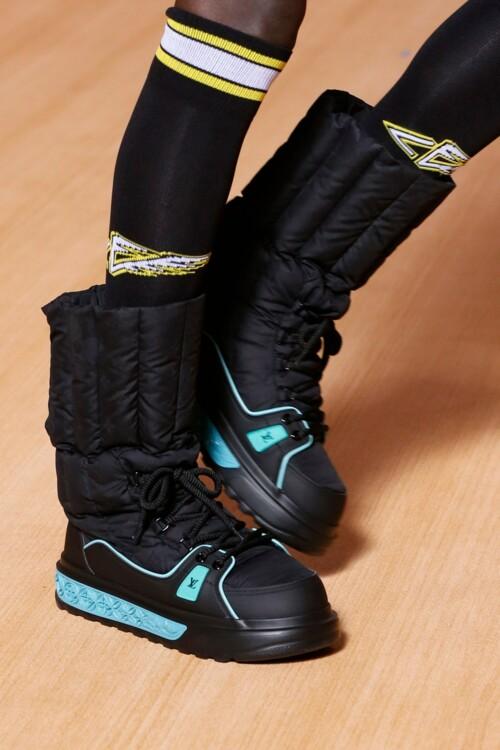 Гибриды ботинок и кроссовок Louis Vuitton
