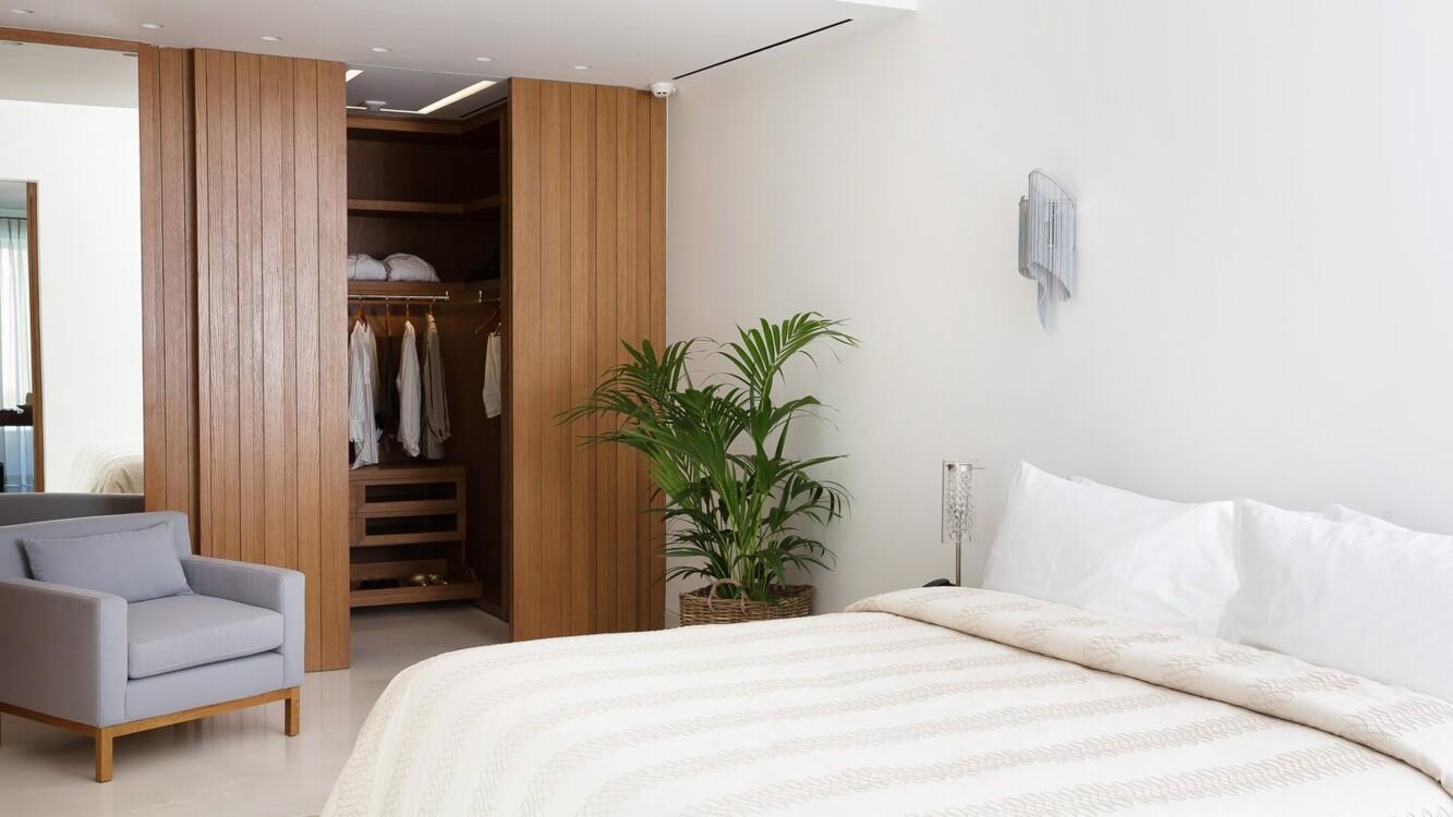 HRH Ivory Bedroom в Domes Miramare, a Luxury Collection Resort, на острові Корфу