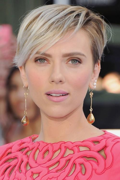 Скарлетт Йоханссон на MTV Movie Awards 12 апреля 2015 года.