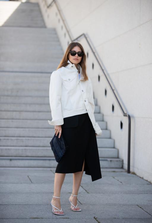 С чем носить белую обувь летом фото