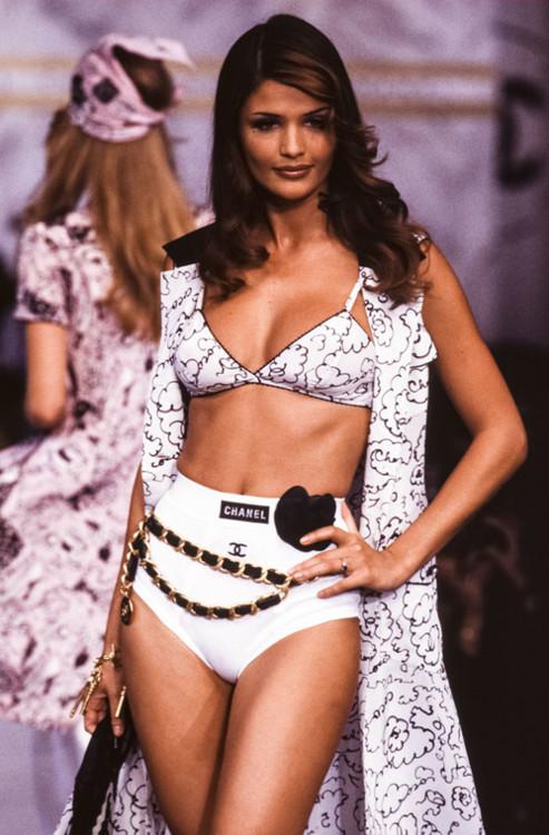 Chanel весна-лето 1993