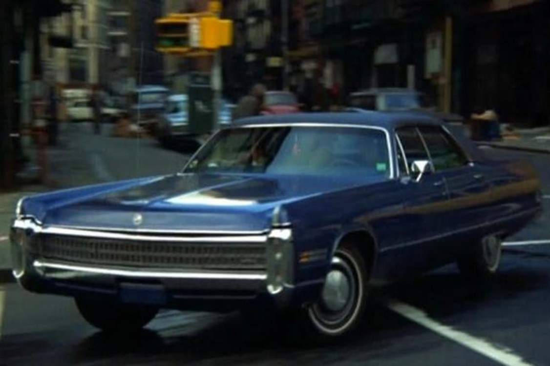 """У руля Chrysler Imperial LeBaron (1972) сидели герои Харви Кейтеля и Роберта Де Ниро в криминальной драме """"Злые улицы"""" (1973). Photo: Warner Bros."""