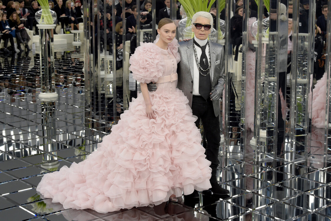 Лили-Роуз Депп и Карл Лагерфельд, Chanel Couture весна-лето 2017
