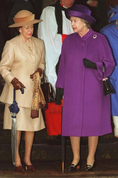 Принцеса Маргарет і королева Єлизавета II, 25 грудня 1994 р.