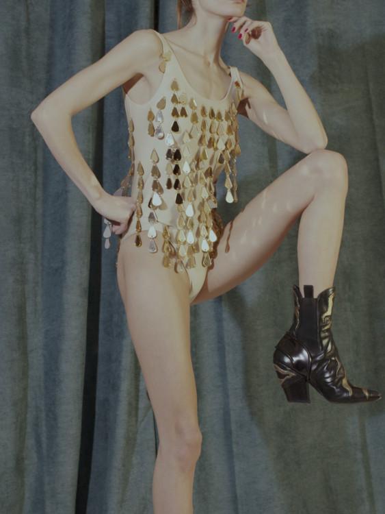 Ботинки из телячьей кожи, Louis Vuitton; боди из полиамида и эластана, Yazbukey