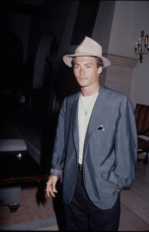 Джонни Депп, 1990
