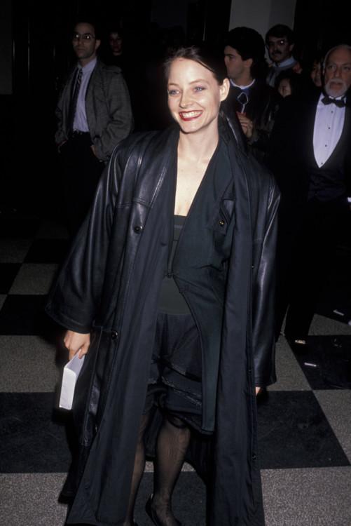 """Джоди Фостер на премьере спектакля """"Трёхгрошовая опера"""" в Нью-Йорке, 1989 год"""