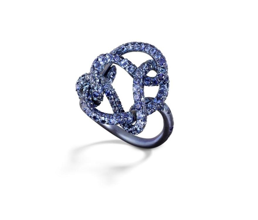 Перстень Tie That Knot, титан, сапфіри, Suzanne Syz