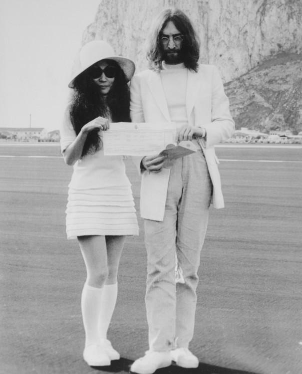 Весільне фото Йоко Оно і Джона Леннона, 1969 рік