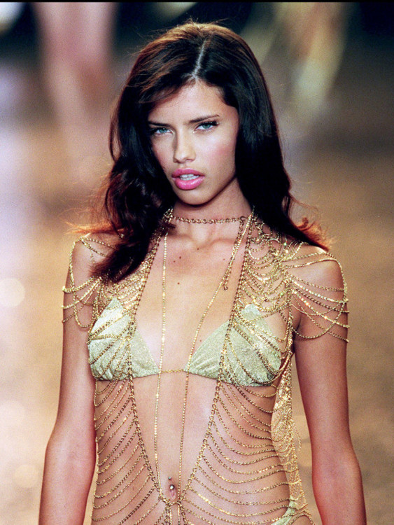 Victoria's Secret Fashion Show 2000