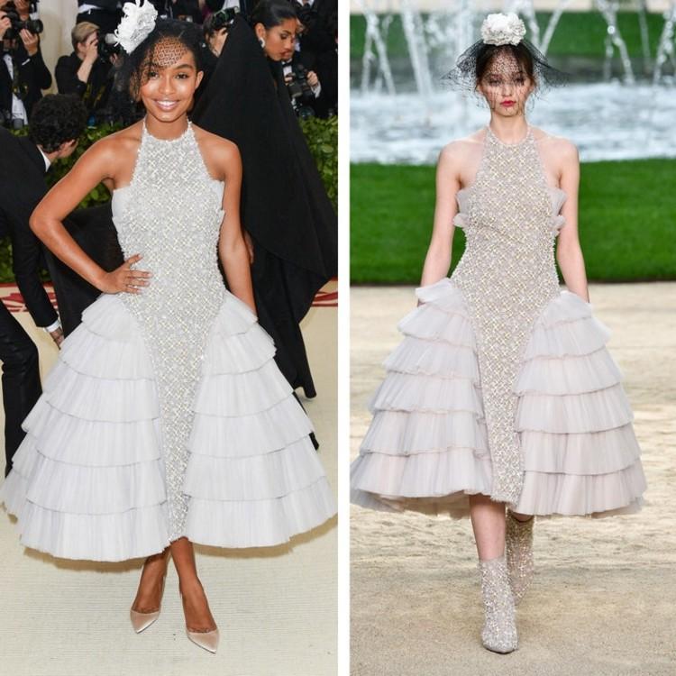 Яра Шахиди в платье Chanel Couture весна-лето 2018 для красной дорожки Met Gala в 2018 году.