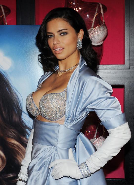 Адриана Лима, 2010 год