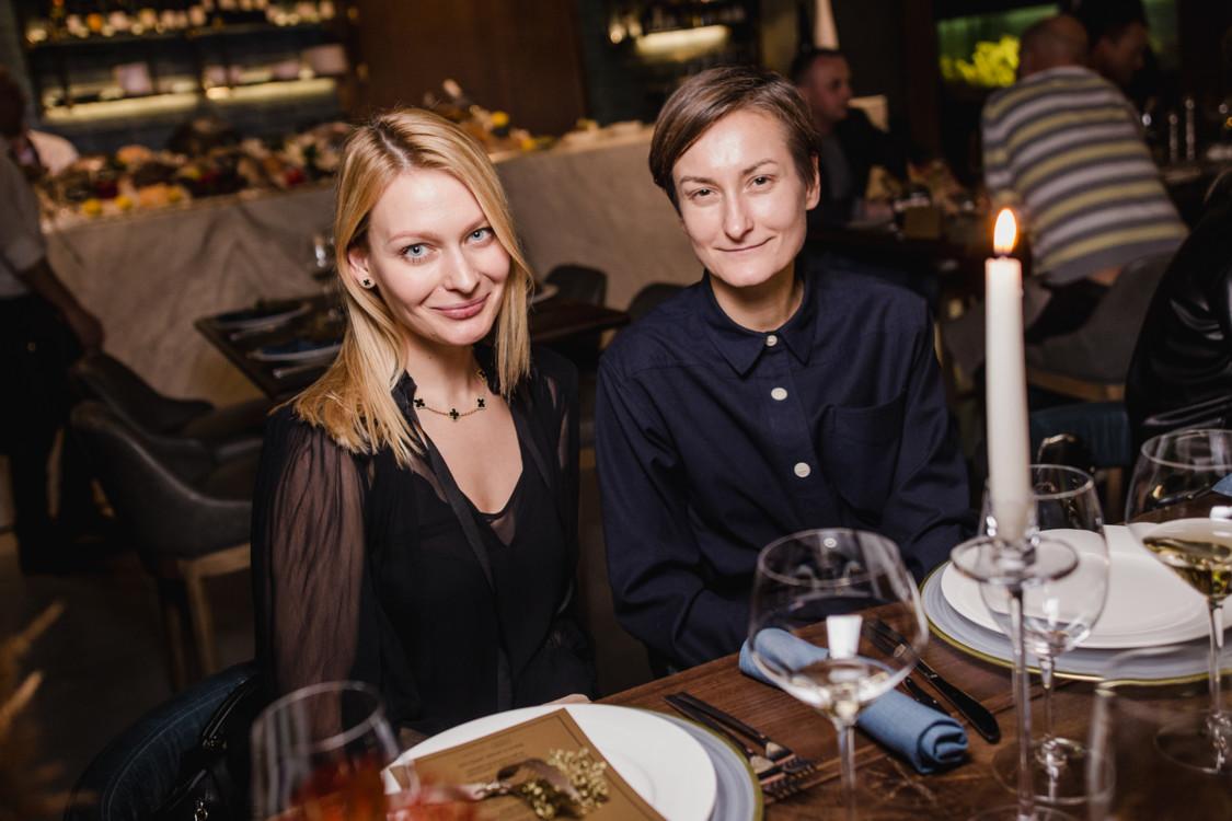 Еліна Сапожкова і Тетяна Соловей
