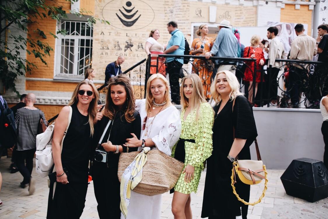 Ирина Матейкович, Маша Шубина, Ирина Ковальчук, Соня и Светлана Евдокимено