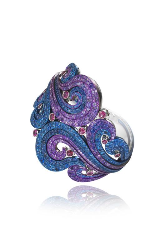 Браслет-манжета из коллекции Red Carpet Chopard, белое золото и титан,  аметисты, рубеллиты, синие и фиолетовые сапфиры, Chopard