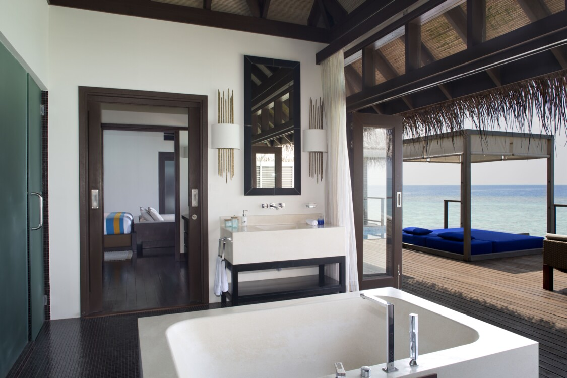 Курорт Coco Bodu Hithi Maldives