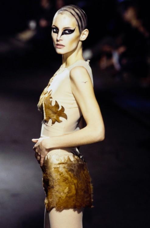 Alexander McQueen осень 1997