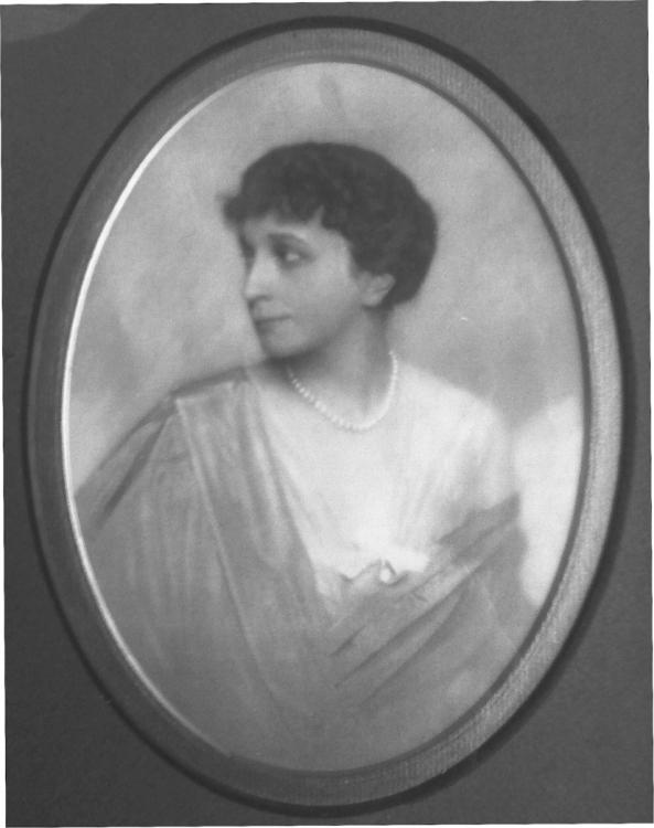 Анна Радзивилл, бабушка Изабель по материнской линии