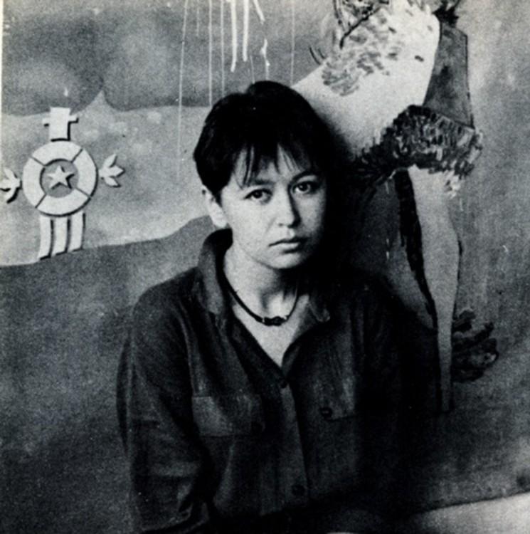 """Марина Скугарева, конец 1980-х, портрет, фотография для каталога """"Вспышка/Спалах"""""""