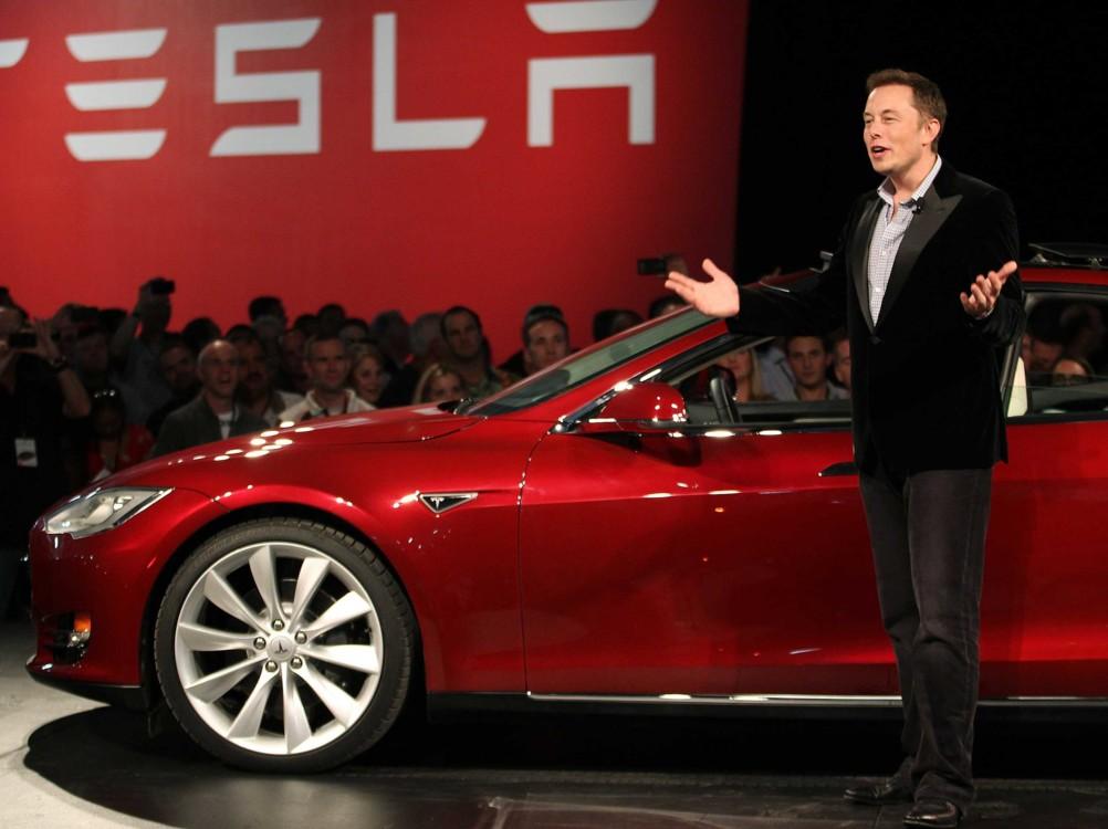 Илон Маск презентует Tesla