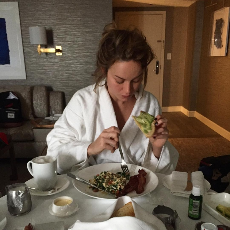 Питательный и плотный завтрак Бри Ларсон накануне оскаровской ночи