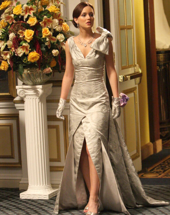 Блэр Уолдорф (Лейтон Мистер) в платье Eric Daman