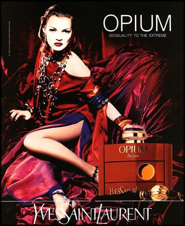 Кейт Мосс в рекламной кампании Opium Yves Saint Laurent, 1994