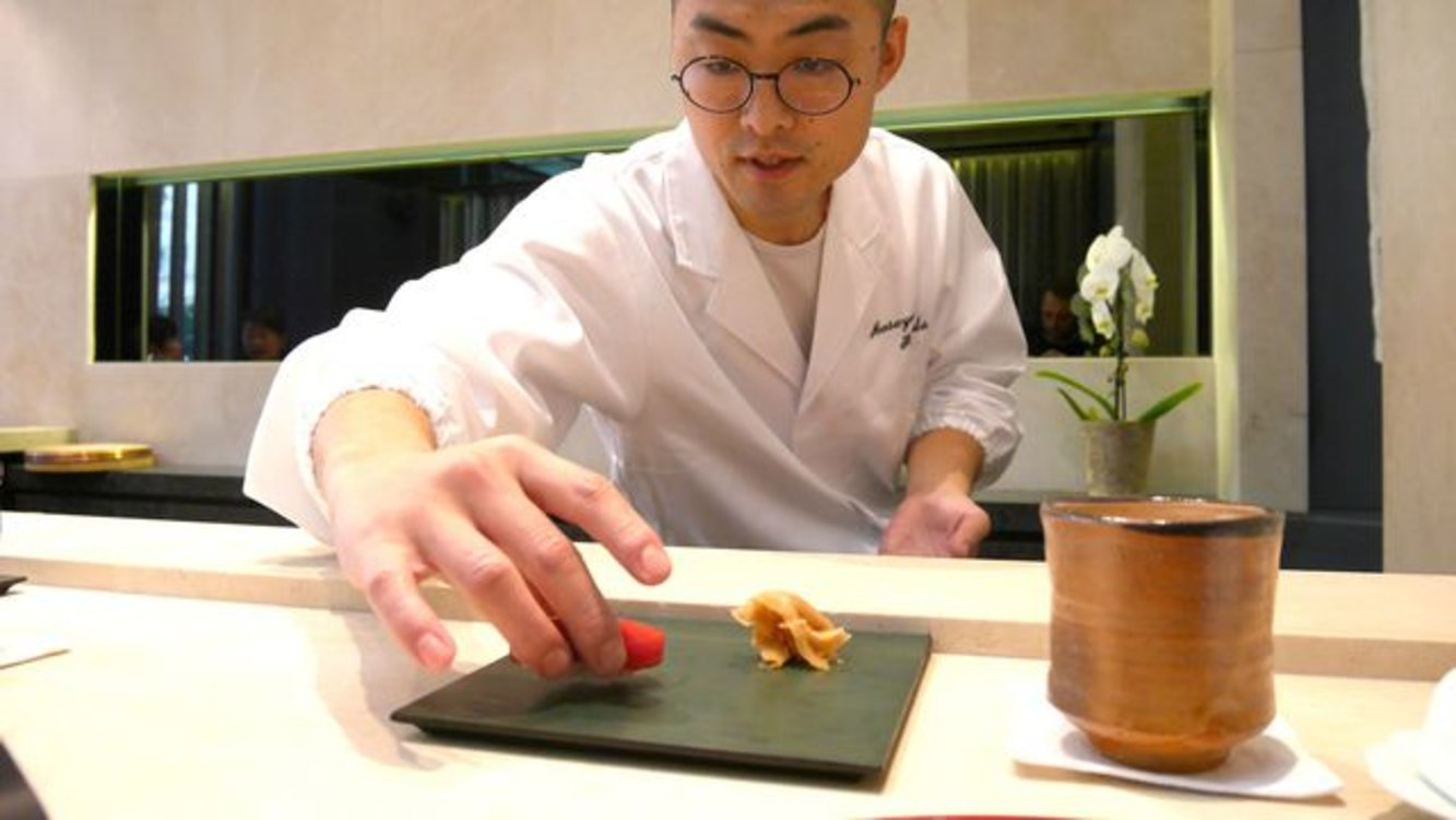 Масаеси Ханада, шеф-повар Sushi B Paris