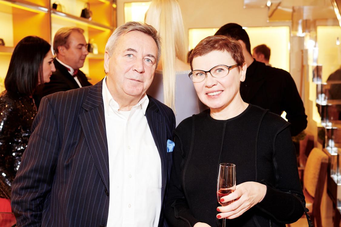 Людмила Березницкая (справа)