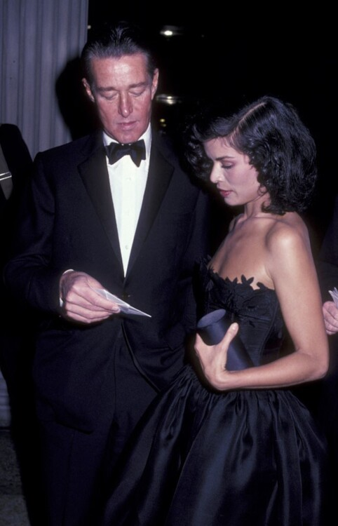 Халстон и Бьянка Джаггер, MET Gala 1981