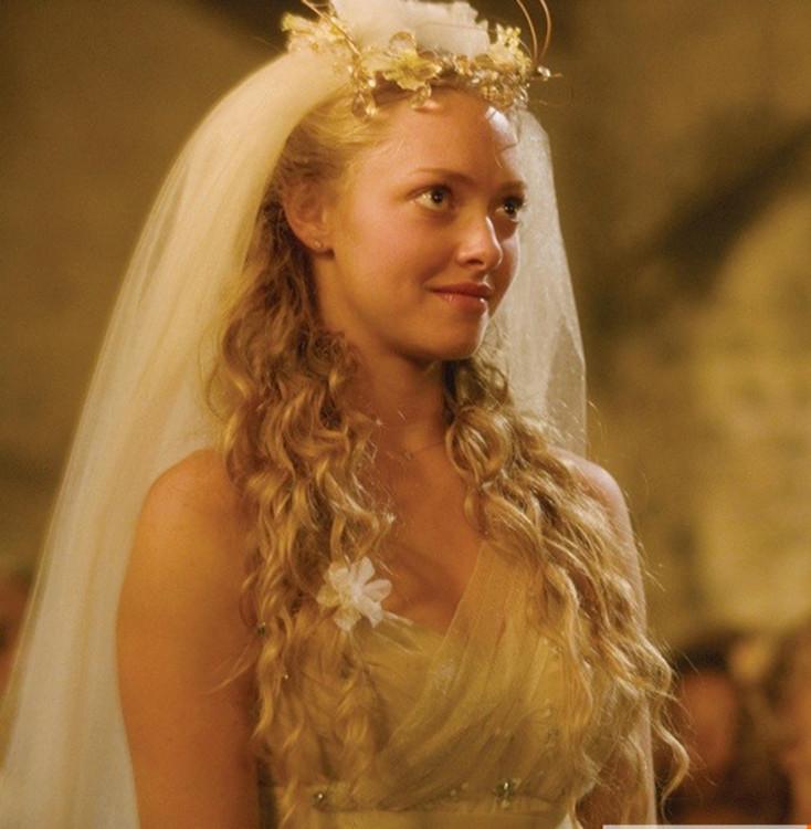 Аманда Сейфрид в Mamma Mia!, 2008