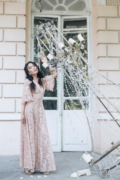 Свадебные тренды 2018: ивент-агентство Event Cafe Family Agency, бюро свадебного дизайна ComilfoDecor, салон свадебных платьев Concept Bride