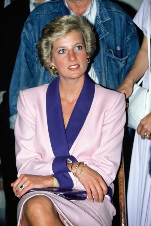 Принцесса Диана во время своего официального визита в Венгрию, 1990
