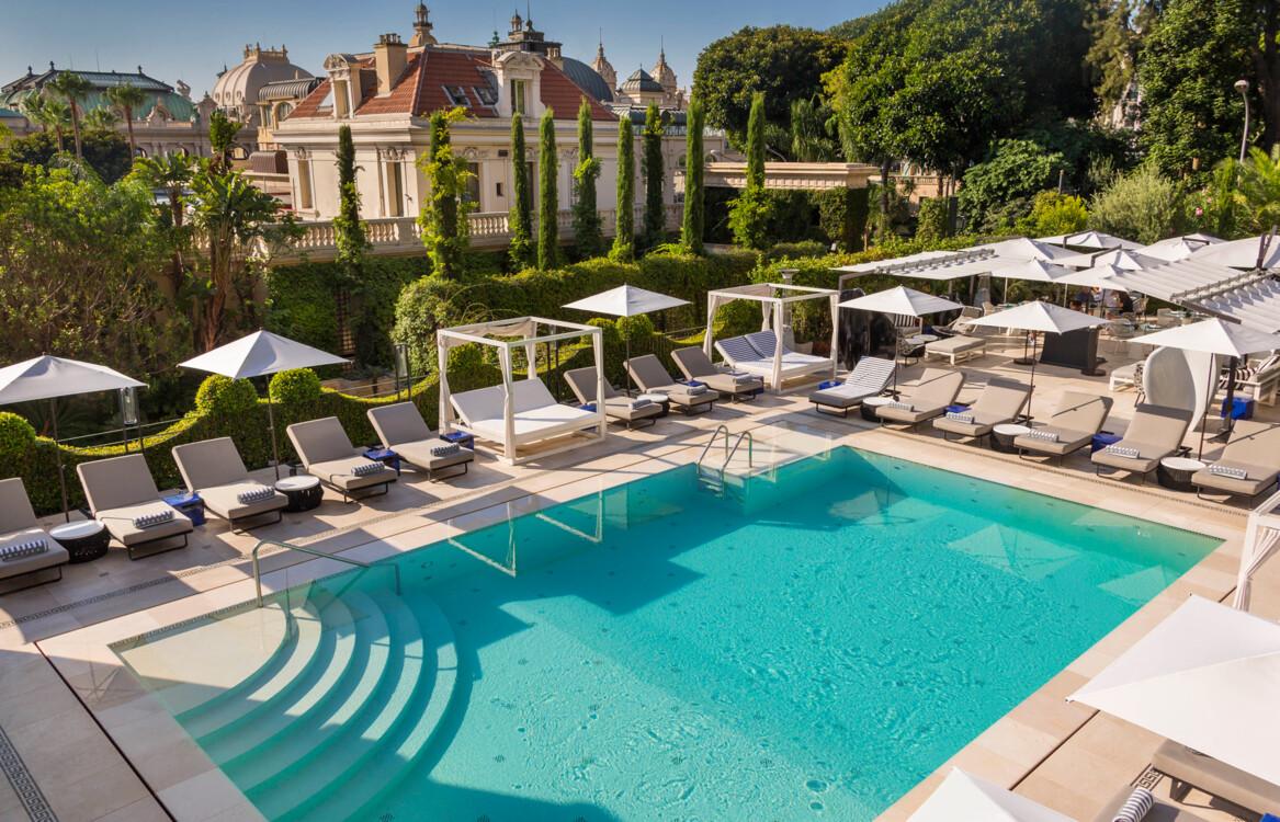 Бассейн в отеле Métropole в Монте-Карло
