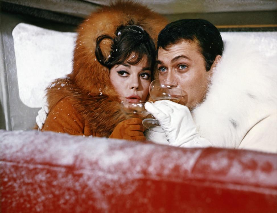 """Натали Вуд и Тони Кертис, кадр из фильма """"Большие гонки"""", 1965 год"""