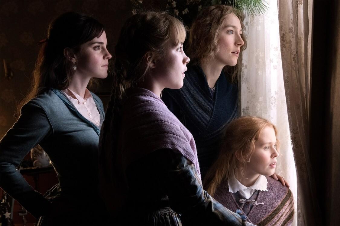 Емма Вотсон, Флоренс П'ю, Сірша Ронан і Елайза Сканлен у фільмі «Маленькі жінки»