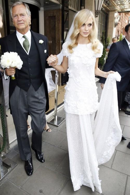 Поппи Делевинь в Chanel Couture, май 2015