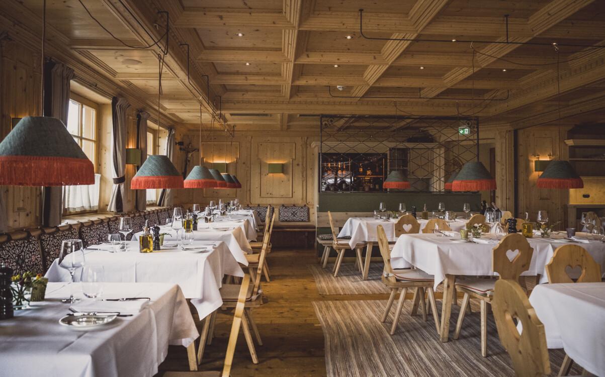 ресторан Gasthof zur Weissach