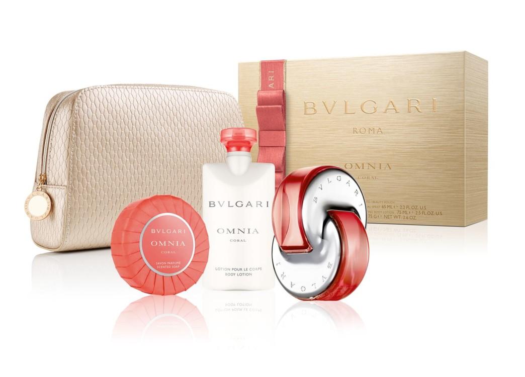 Женский подарочный набор Bulgari Coral: парфюмированное мыло, лосьон для тела, туалетная вода и косметичка, все – Bulgari