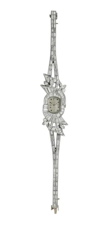 Годинник з діамантами