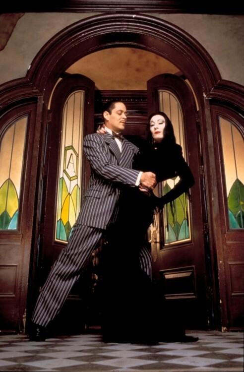 Анжеліка Г'юстон у фільмі «Сімейка Адамс», 1991