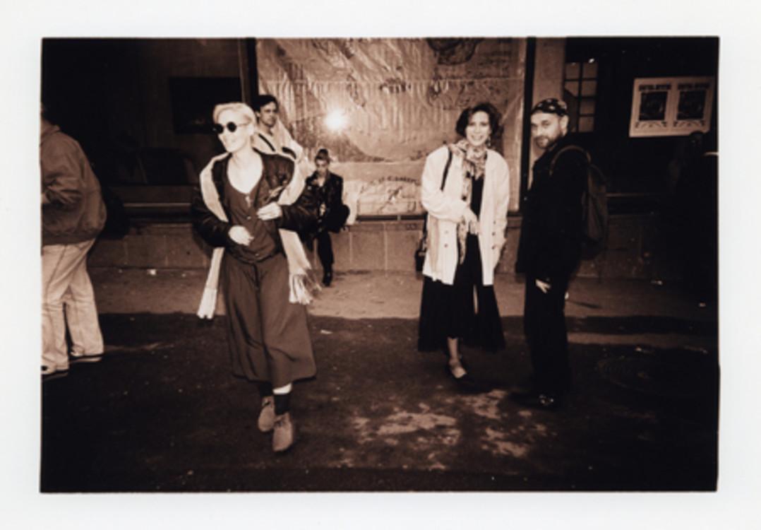 Валерия Трубина, Тата Савадова, Георгий Сенченко, Киев, 1994 г. Архив Александра Соловьева.