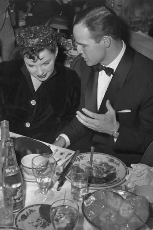 Джуди Гарленд и Марлон Брандо, 1955