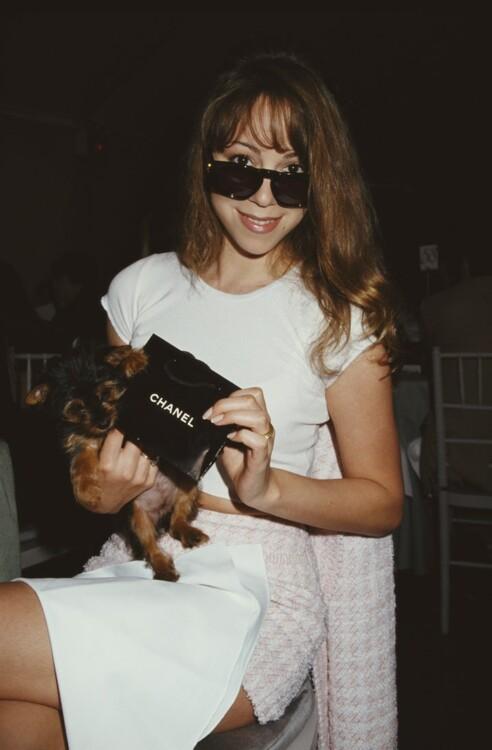 Мэрайя Кэри в жакете Chanel, 1994