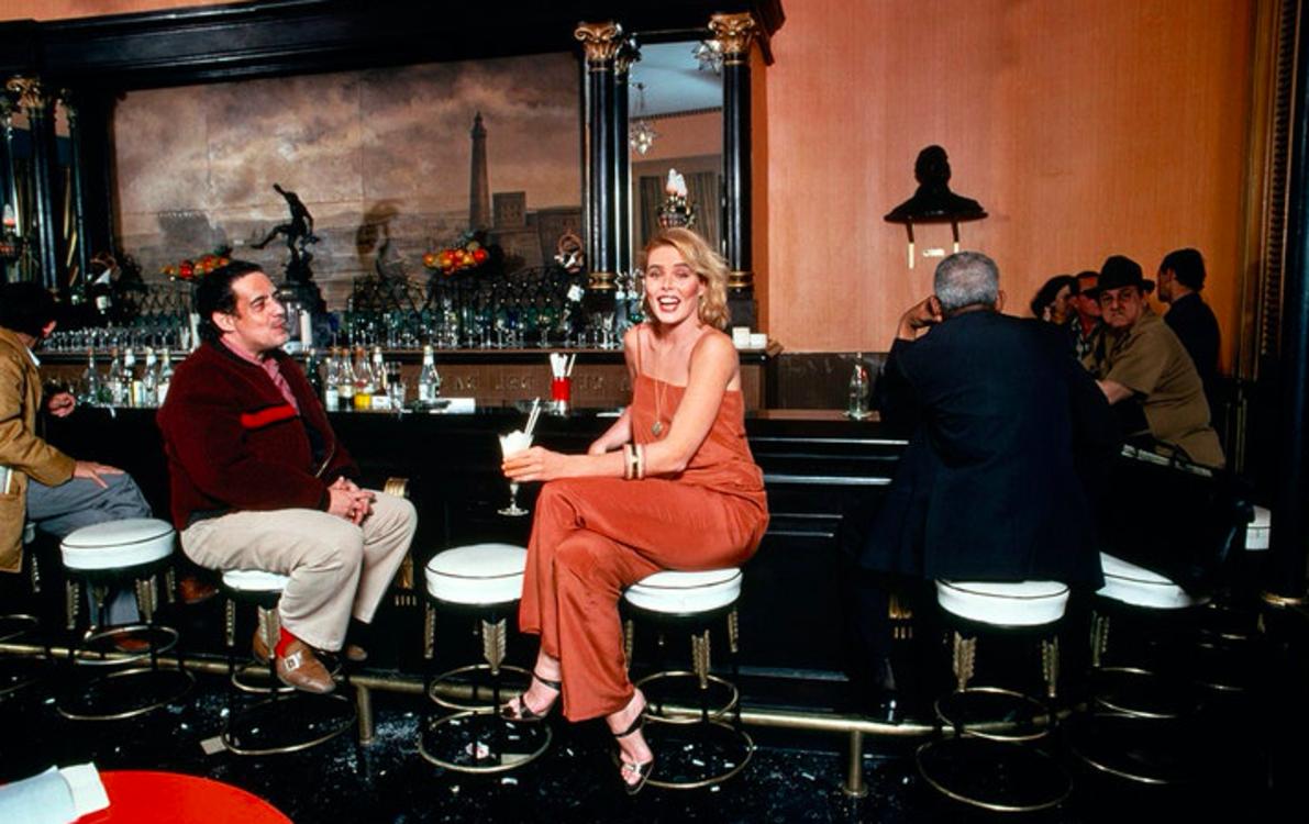 Марго Хемингуэй в баре La Floridita в Гаване, 1978